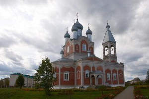 Глуск церковь