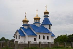 церковь в Лядно